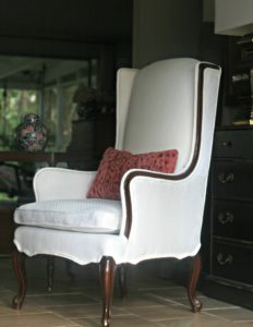 wing chair double welt
