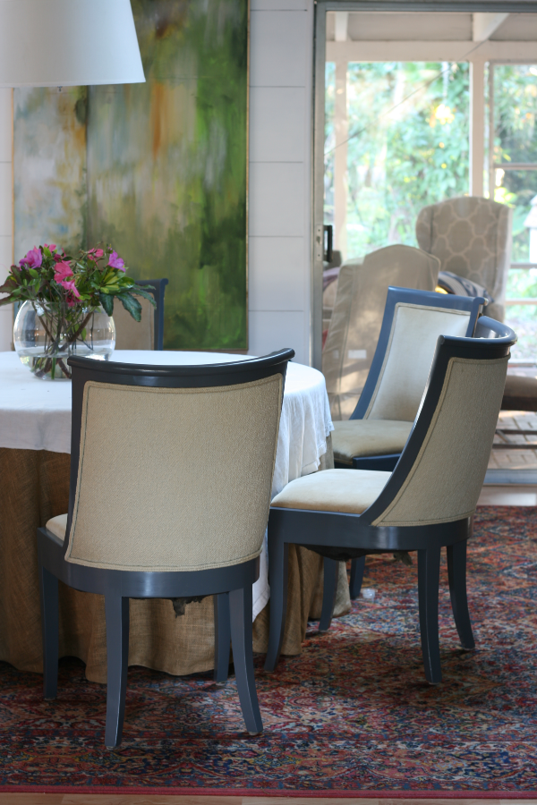 Tips for painting dining room chairs with oil paint. • mimzy ...